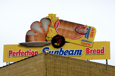 Perfection Bakery Sunbeam Bread motorized sign