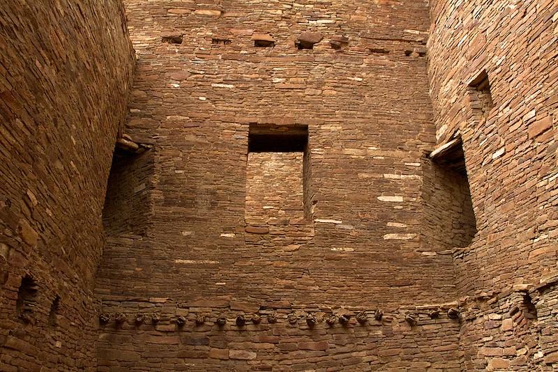 Second story doorways - Pueblo Bonito