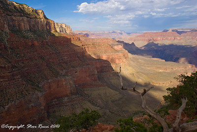 View from Cedar Ridge, along the South Kaibab Trail - Grand Canyon National Park.
