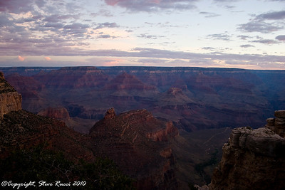 View of the Grand Canyon from the South Rim, near the El Tovar hotel.