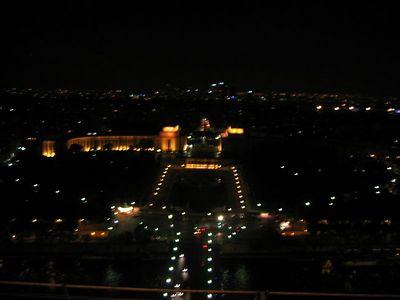 From Tour de l'Eiffel.