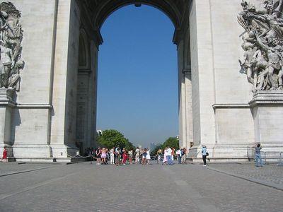 Ian & Mara'D at the Arc de Triomphe.