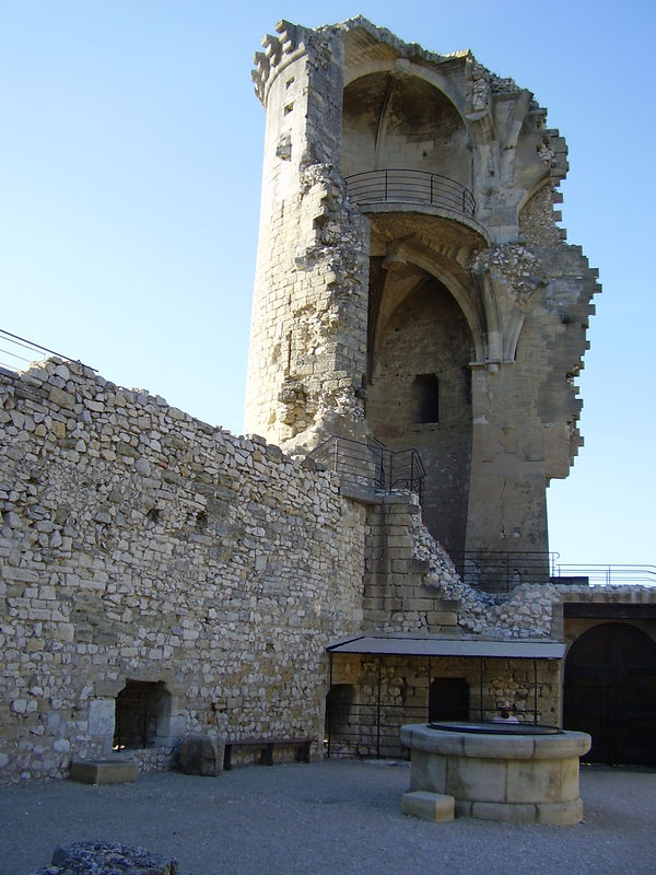 The ruined tower of the medieval castle in Châteaurenard. The castle was partially dismantled during the French Revolution. The stone was used in building houses in the village.