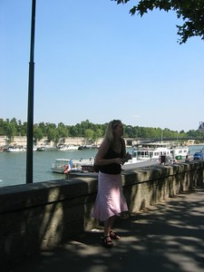 Along the quay at Eiffel.