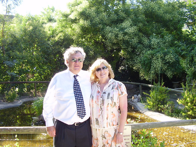 Wendell and Jackie at La Table Paysanne in Le Thor, where the wedding party was held.