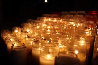 Notre Dame d'Chartres, Candles