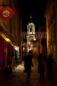 Rennes is beautiful at night.