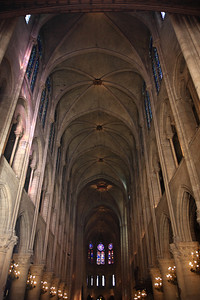 Notre Dame, Interior - Nave