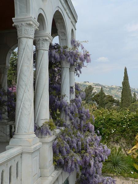 Colonnade, main house, Giardini Botanici Hanbury