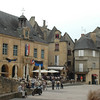 Sarlat has many intact/renovated buildings, along with great shops and restaurants.