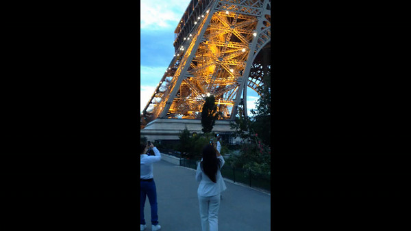 Video - The Eiffel Tower goes into Twinkle Mode at the top of the hour.  This looks like daylight, but it's really 10 pm.