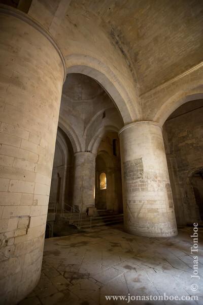 Alyscamps aka Roman Necropolis