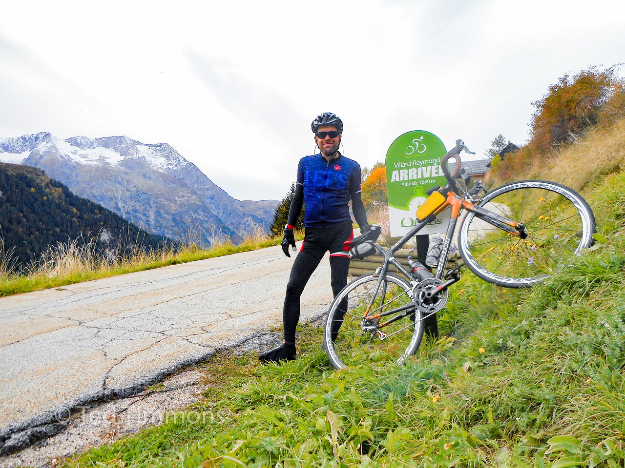 At the official top of the Villard-Reymond climb.