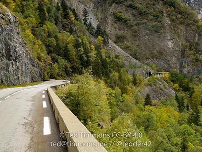 Tunnels along D1091.