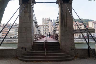 Footbridge across the Saone