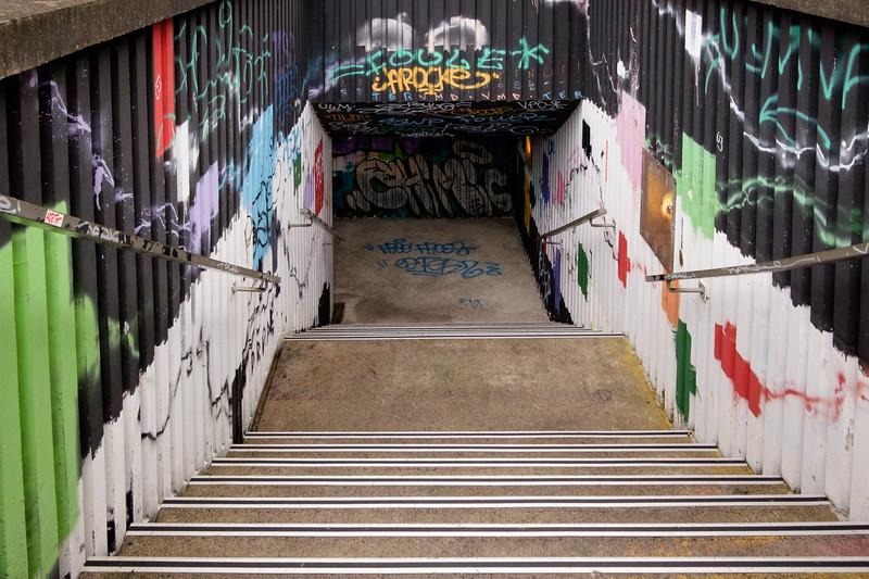 graffiti_stairwell-2124