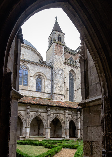 st-etienne_cloisters-2059