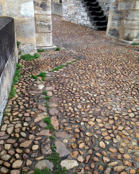 pont_valentre_cobbles-2134