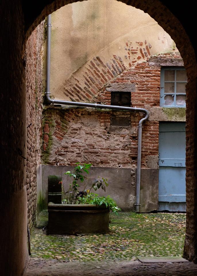 cahors_courtyard-2015