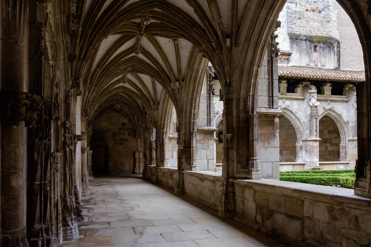 st-etienne_cahors_cloisters-