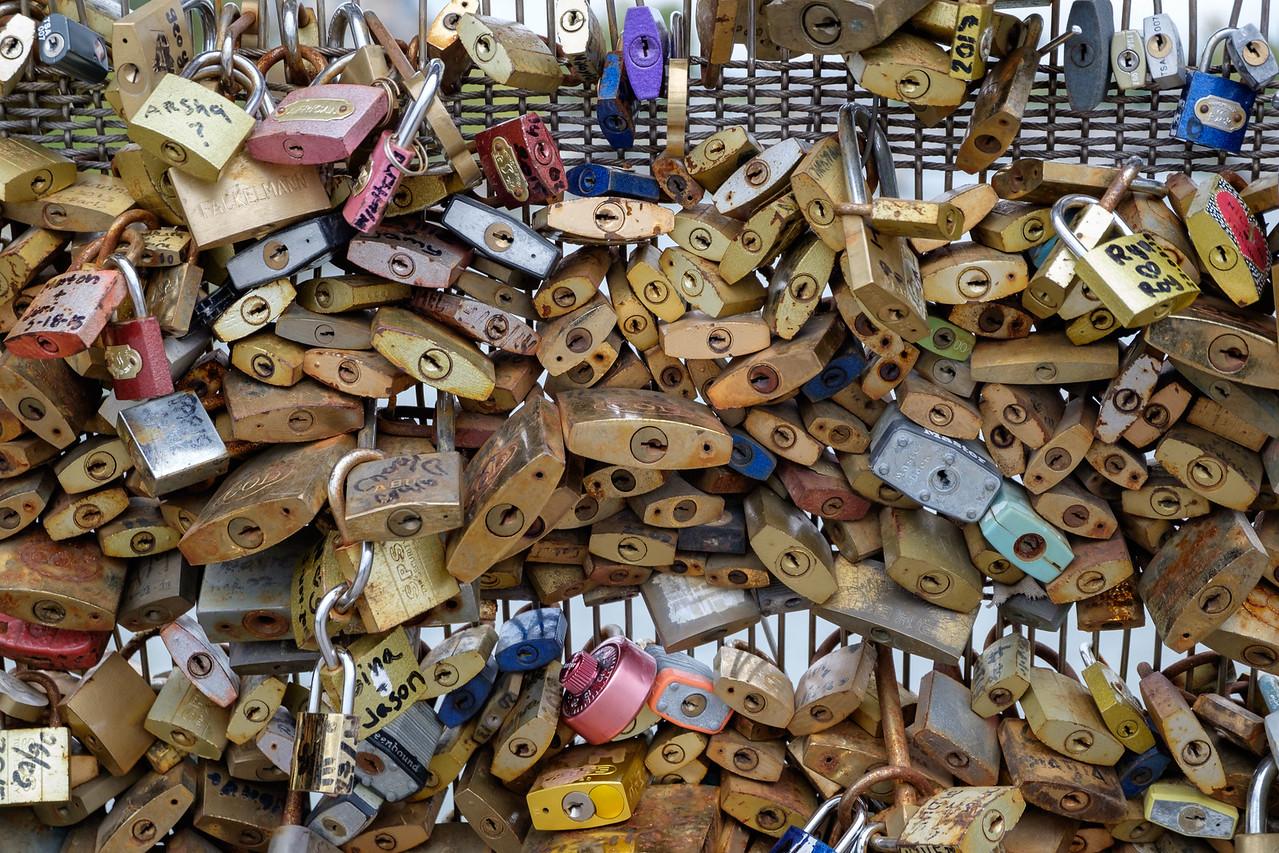 paris+locks-2443