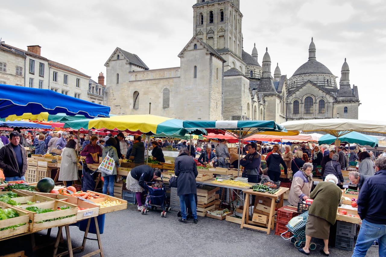 perigueux_market-1028