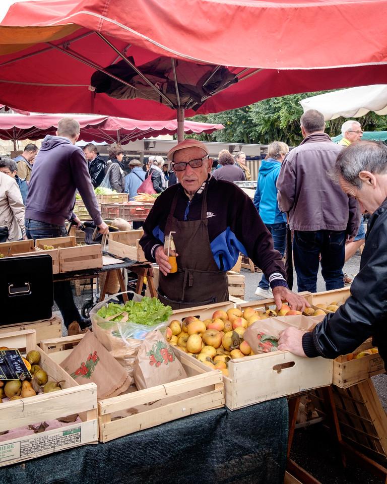 perigueux_market-1038