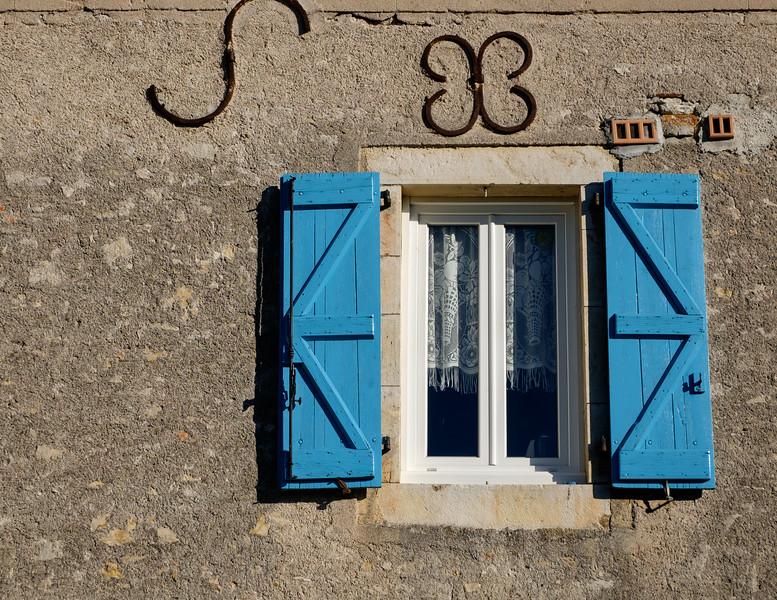 blue_shutters-2342-
