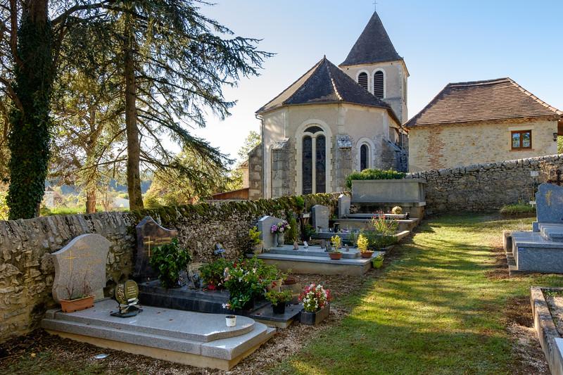 cemetery_tour-de-faure-2341