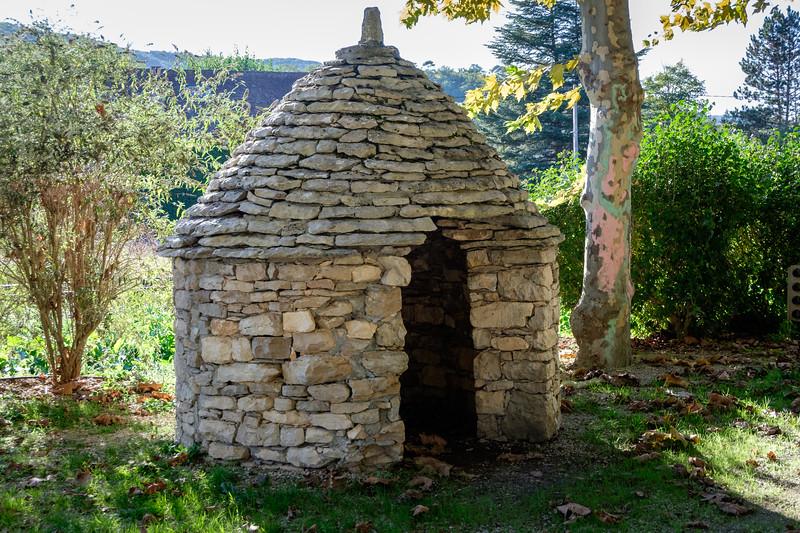 stone_hut-2343