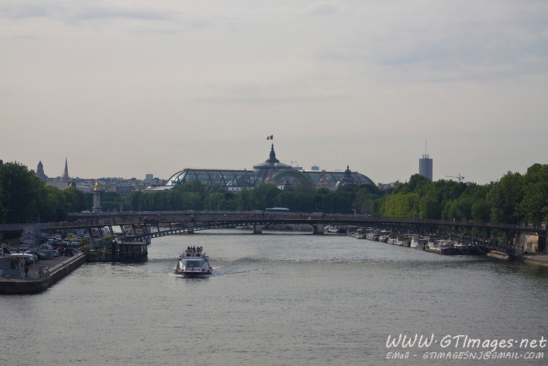 Paris - bridge over the Seine.