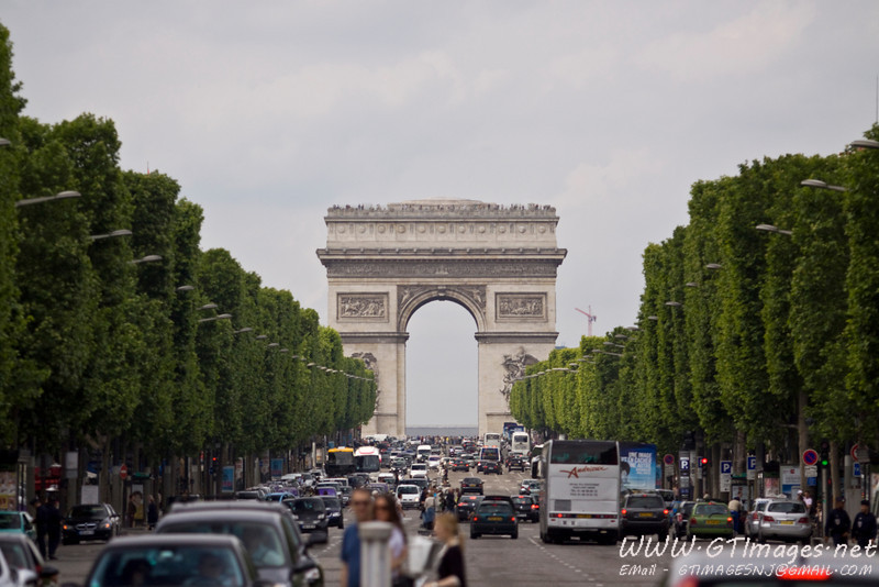 Paris - Arc de Triomphe.