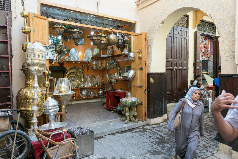 There were hundreds of alleys with shops for just about everything.  They were not jsut tourist shops as the locals lived and worked and shopped in the walled city.