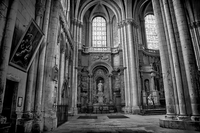 ST. PETER'S CATHEDRAL - POITIERS, FRANCE