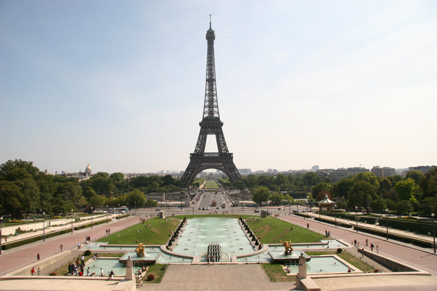 Eiffel Tower and the gardens of Place de Varsovie