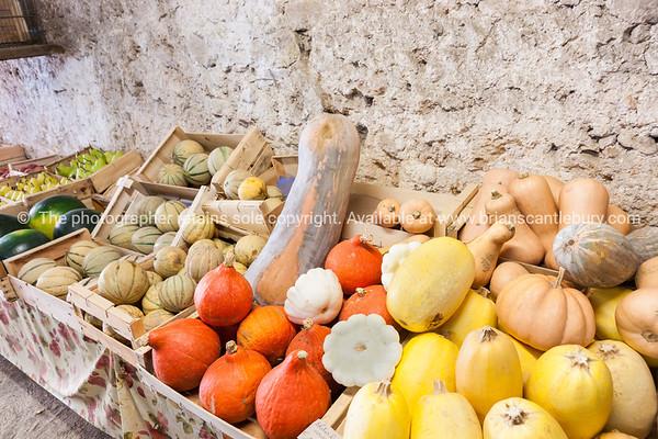 Display vegetables for sale