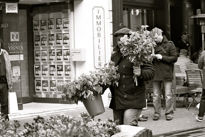 Flower seller. Beaune, France.
