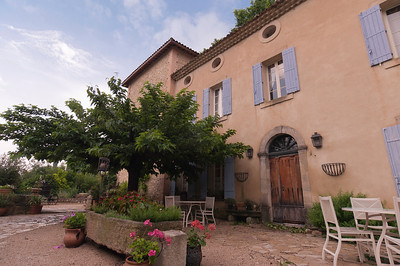 Beautiful B&B home in Le Thor, France.