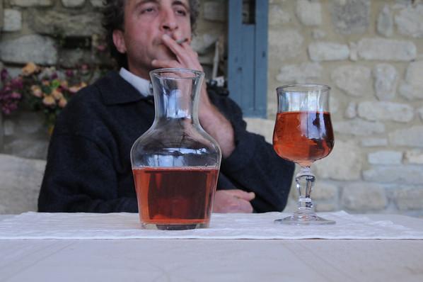 francefredosmokesanddrinks