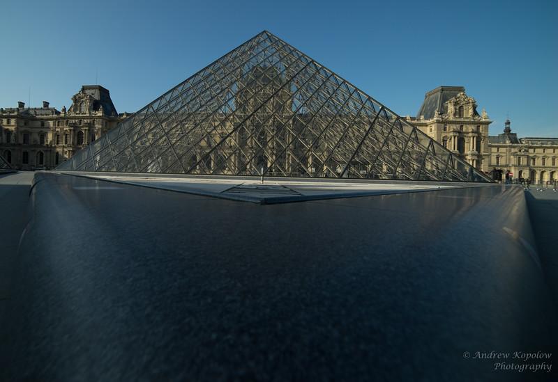 Geometry De Louvre