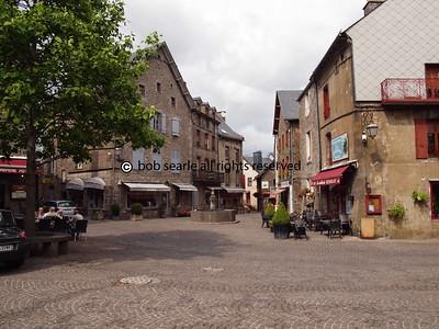 BS079123 © www bobsearle net