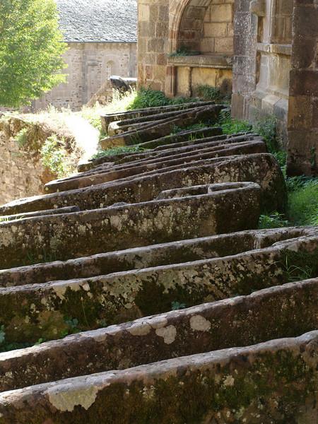 Tumbas junto a la abdia de Conques (Aveyron)