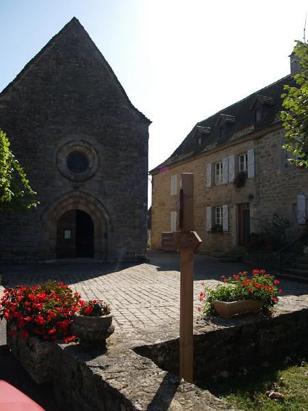 Iglesia de Thegra (Aveyron)
