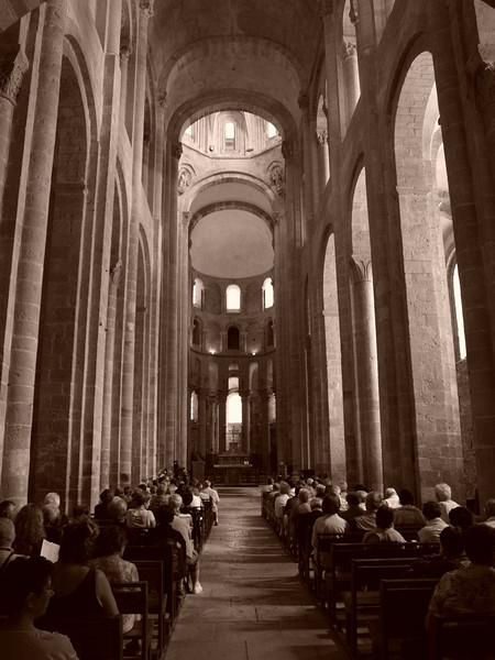Interior de la Abadia de Conques