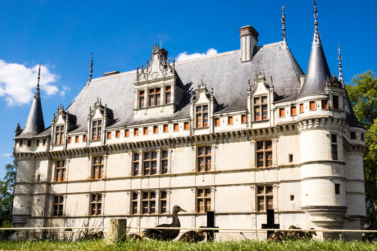 Chateau d'Azay-le-Rideau, Loire Valley, France, Europe