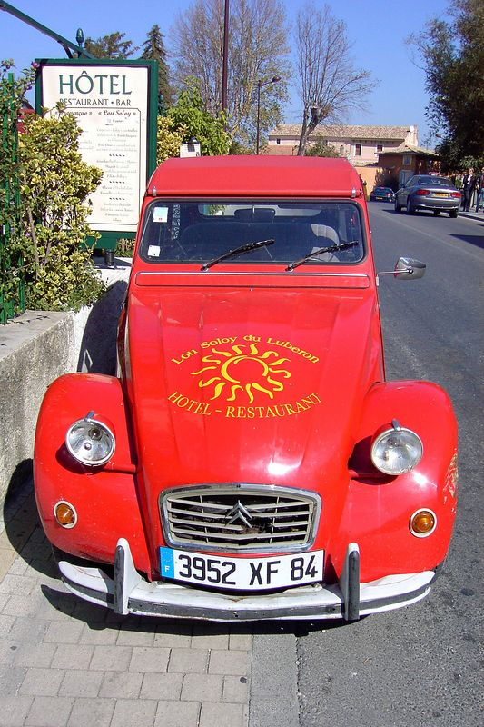 Red Renault