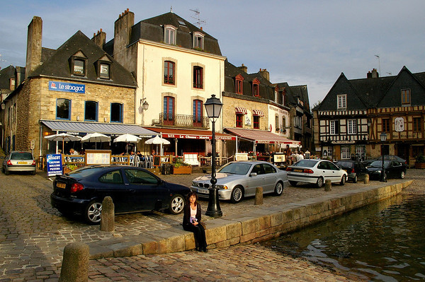 The waterfront in St-Goustan, just across the bridge from the town of Auray