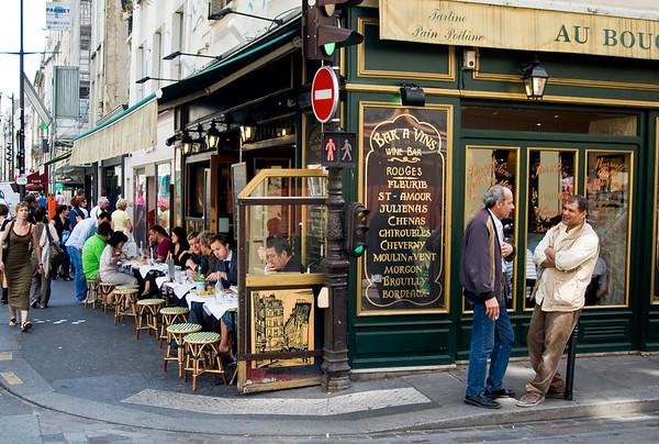 Meet Me in St-Paul June, 2008. On Rue St-Antoine
