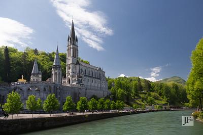Gave de Pau river, Lourdes