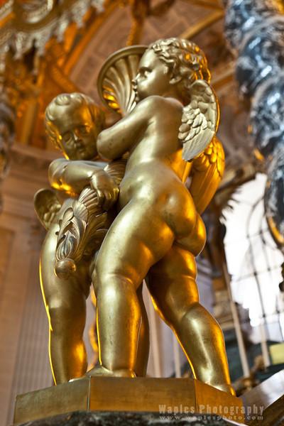 Cupids in Goldleaf